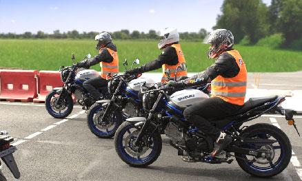 Aller sur la page Suzuki Moto-Écoles