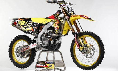 LE TEAM SUZUKI ROCKSTAR ENERGY EN VIDEO